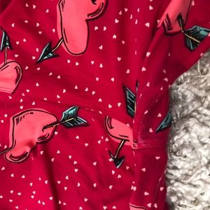 LuLaRoe Pants - LuLaRoe TC heart leggings